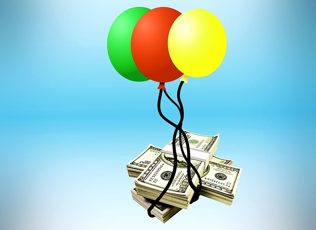 Balloons lifting cash.